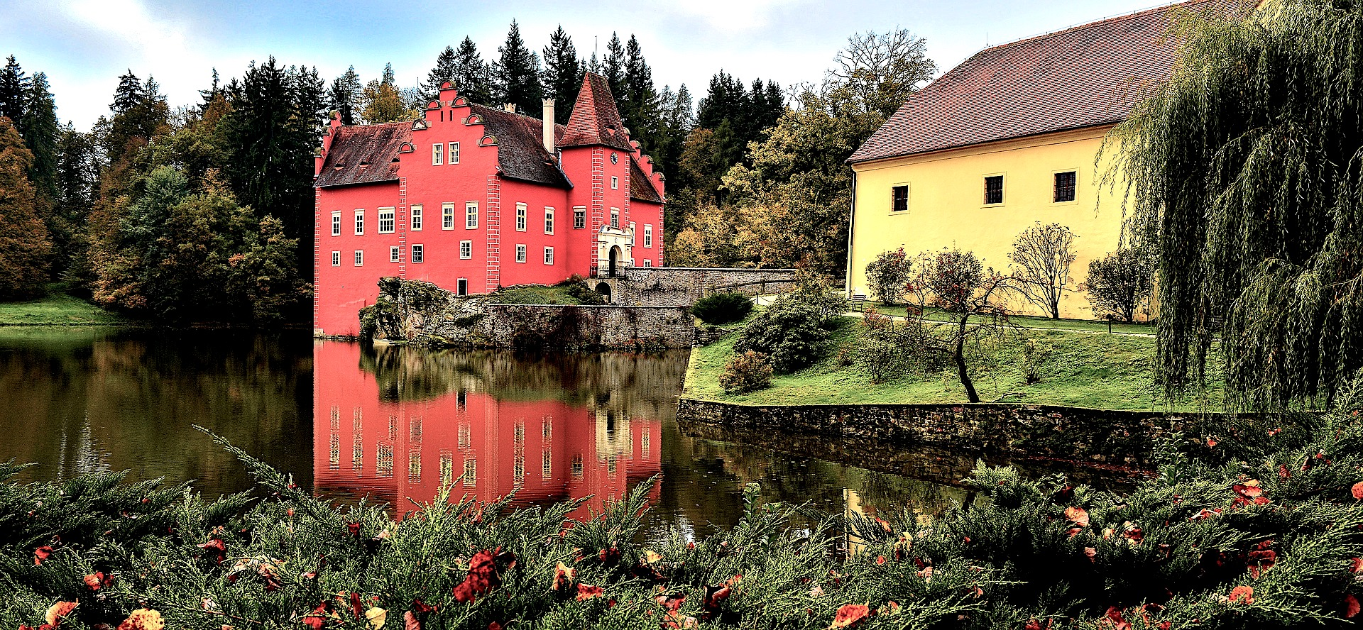 cervena lhota castle, what to visit in czech republic, tour, history, english speaking driver