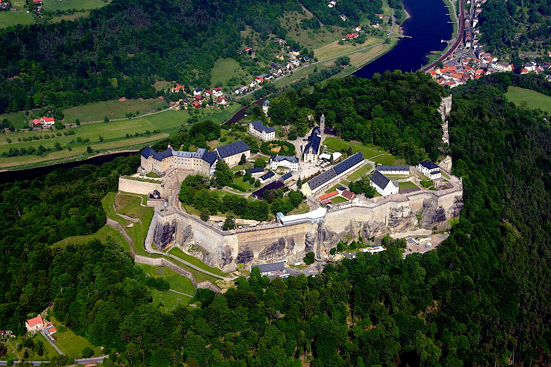 Koenigstein fortress, castles in germany, trip, tour, transfer