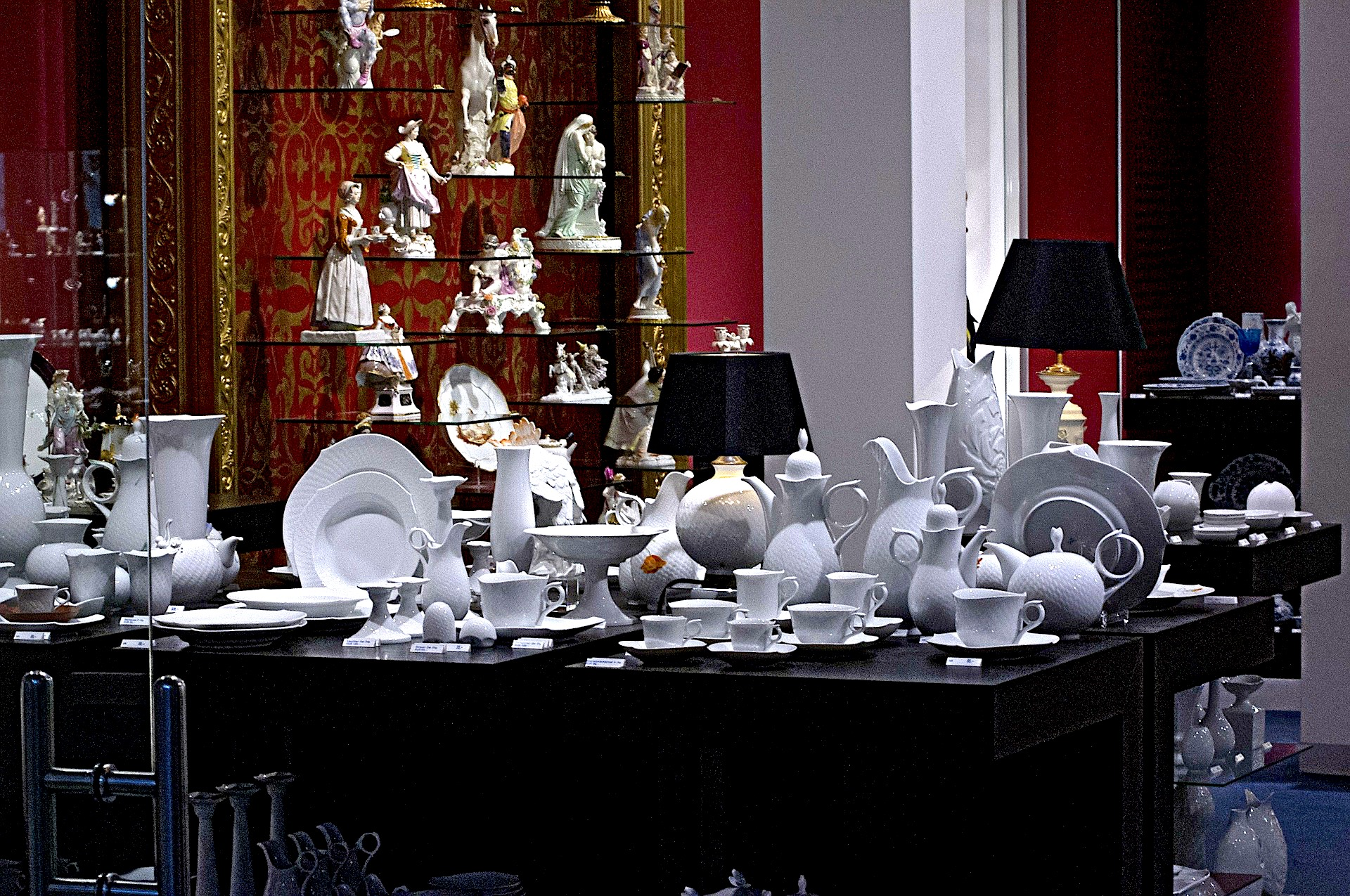 Porcelain Meissen, manufactory, porcelain in europe, private transfer, local driver