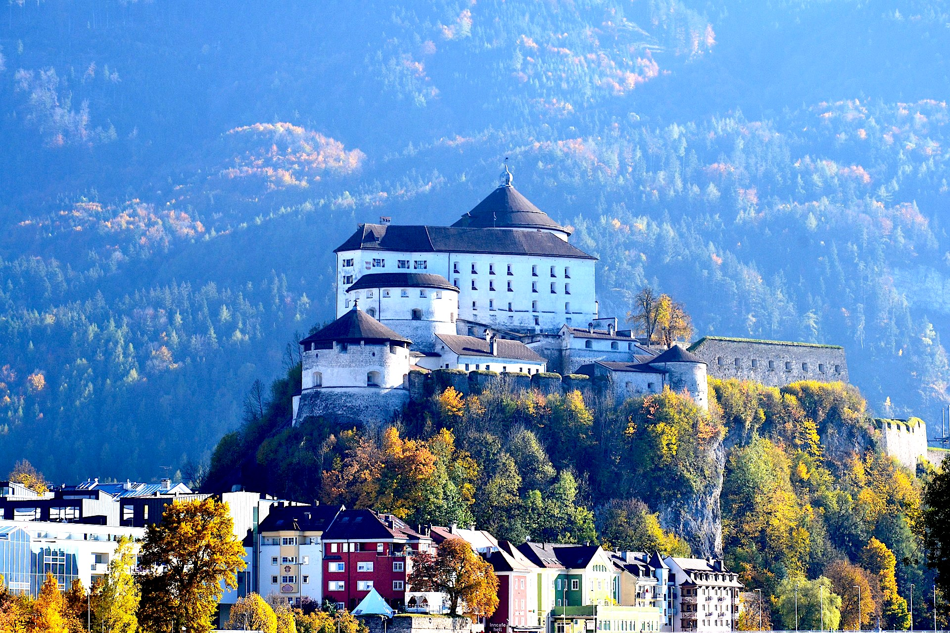 Kufstein, Austia, Castle, sight, trip, tour, english speaking guide, driver, stop along the way